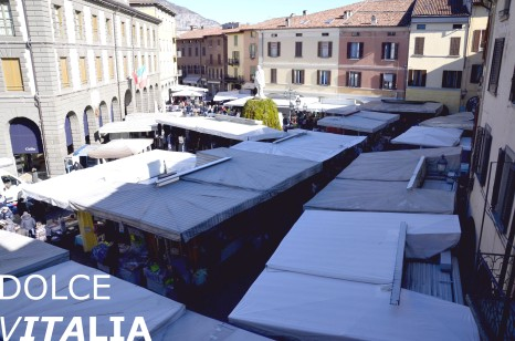 Piazza Garibaldi with regularly organized markets.