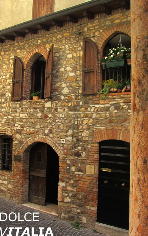 House of Sirmione on the south of Lago di Garda