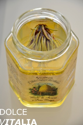 Acacia honey from Predazzo
