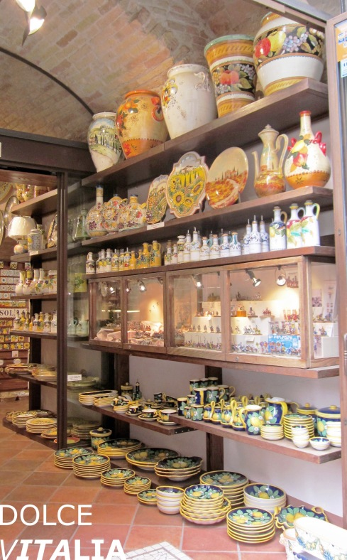 Classic shop in San Gimignano