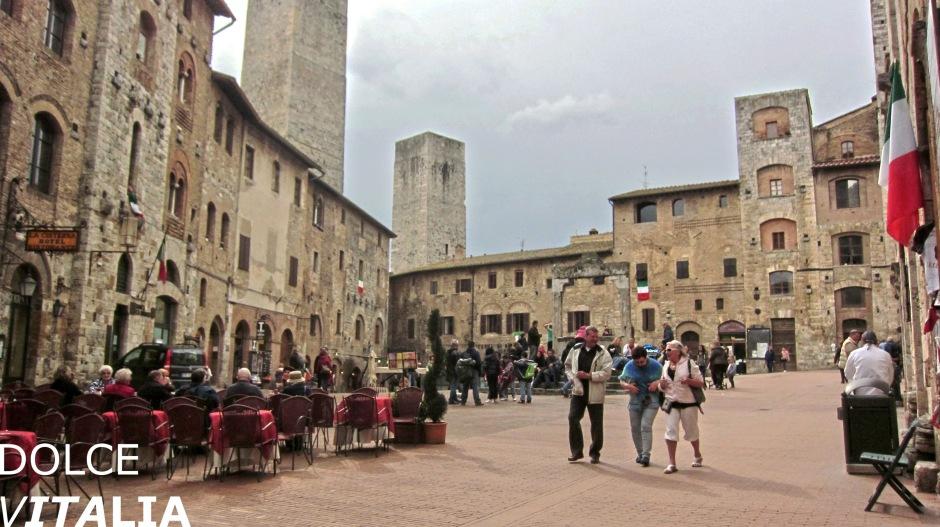 Medieval Piazza della Cisterna, San Gimignano, Italy